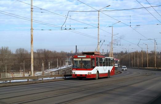 В Днепре продлили троллейбусный маршрут