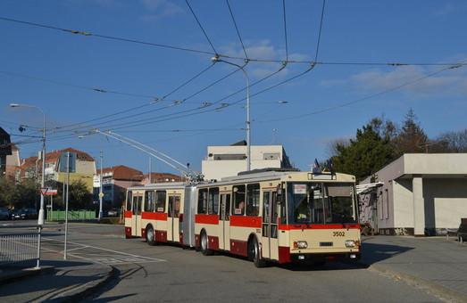 В Брно закончили восстановление исторического троллейбуса «Škoda 15Tr»