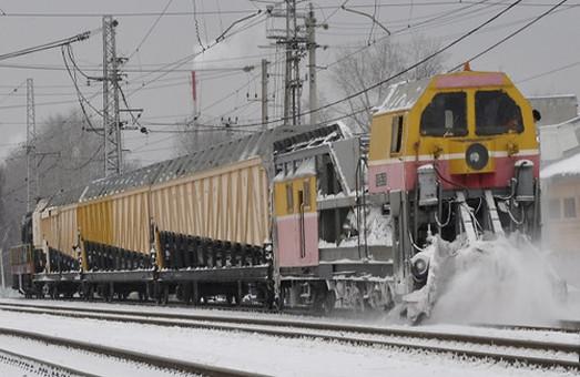 Одесские железнодорожники успешно справились с непогодой
