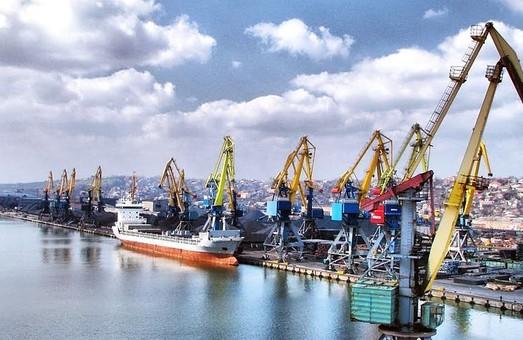 В случае снятия блокады портов Азова, они смогут увеличить перевалку грузов на 0,8 млн. тонн в год