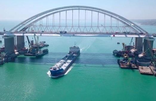 Из-за строительства моста в Керченском проливе течение ускорилось вдвое