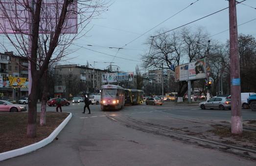 В Одессе зафиксировали самые загрязненные от выхлопных газов улицы