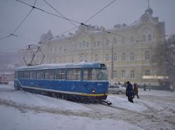 Одесский транспорт 9 лет назад: как город погрузился в снежный коллапс (ФОТО)
