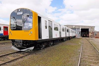 Старые составы лондонского метрополитена переоборудуют в пригородные поезда на аккумуляторах