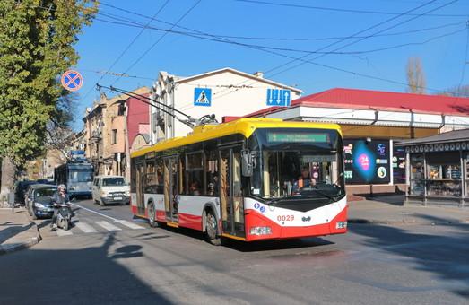 В Одессе разработают выделенные полосы для троллейбусов и концепцию парковки автомобилей