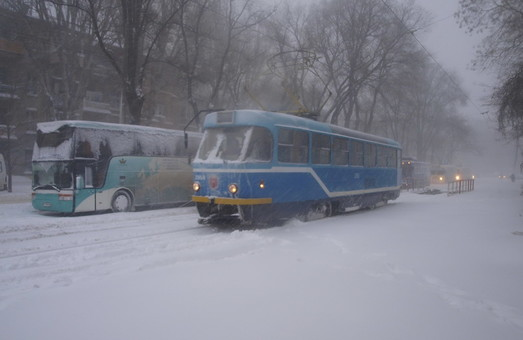 Снегопады могут привести к проблемам на дорогах Одесской области