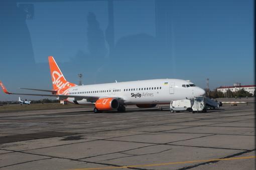 Авиакомпания «SkyUp» будет летать из Одессы во Львов