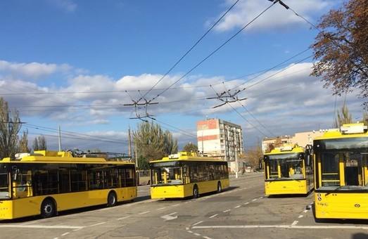Депутаты Херсонского горсовета рассмотрят вопрос кредита на закупку троллейбусов и автобусов
