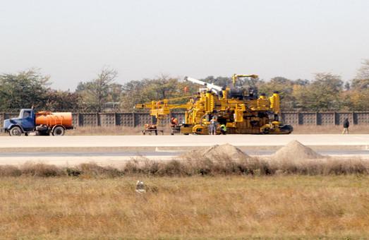 Новая взлетно-посадочная полоса в Одесском аэропорту будет готова уже в этом году
