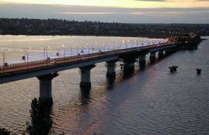 В Николаеве могут закрыть на ремонт мост на одесской трассе