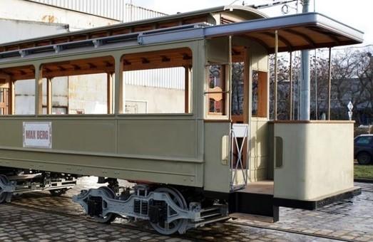 В польском Вроцлаве восстанавливают уникальный трамвай (ФОТО)