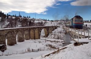 Местные власти Западной Украины задолжали более 50 млн. гривен за перевозку льготников в пригородных поездах