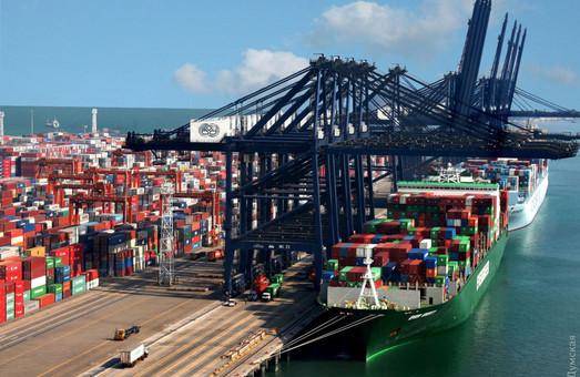 Порты Большой Одессы увеличили переработку контейнеров