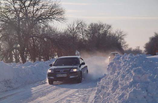 Непогода местами затруднила движение по дорогам Одесской области