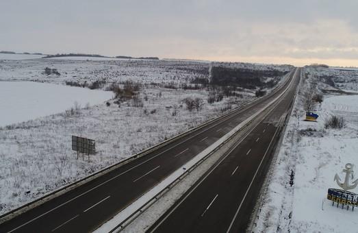 На всех дорогах Одесской области сняты все ограничения на движение транспорта