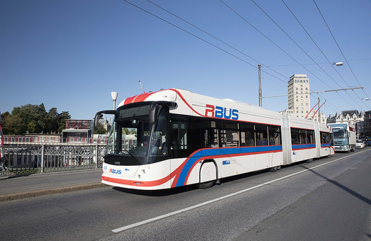 В швейцарской Лозанне появятся трехсекционные троллейбусы