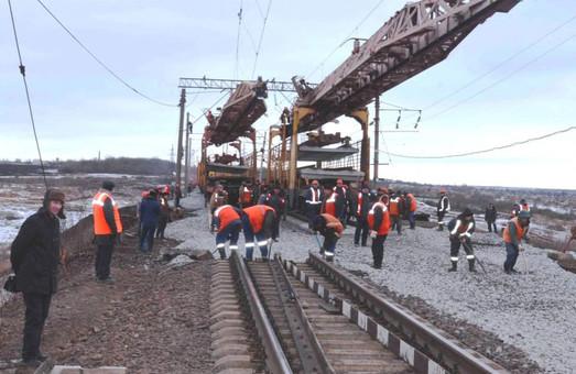 На Одесской железной дороге за год отремонтировали почти 400 километров путей