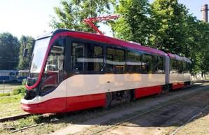 Одесско-днепровская компания «Татра-Юг» отправила первый трамвай в Египет (ВИДЕО)