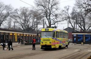 Трамвай маршрута «Север – Юг» в Одессе может ехать около двух часов