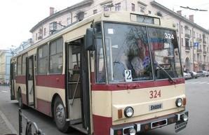 В Черновцах в троллейбусах завтра запустят электронный билет