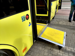 Херсонцам представили белорусский автобуса МАЗ 206