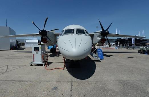 Украинский самолет Ан-132D покажут на авиасалоне в Индии (ВИДЕО)