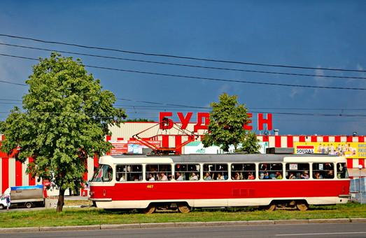 Несмотря на решение суда, власти Харькова не снизили тарифы на проезд в коммунальном транспорте