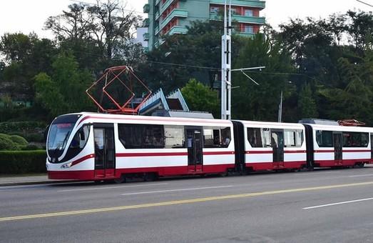 В Северной Корее модернизируют чешские трамваи KT8D5