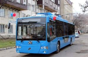 В новых махачкалинских троллейбусах тяговые аккумуляторы занимают значительную часть салона