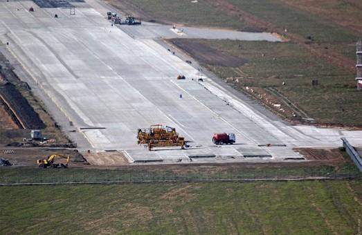 Полномасштабные работы по строительству новой взлетно-посадочной полосы в аэропорту Одессы возобновятся уже в марте