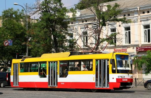 На сегодняшнем заседании горисполкома в Одессе рассматривают вопросы развития электротранспорта, дорожного и парковочного хозяйства