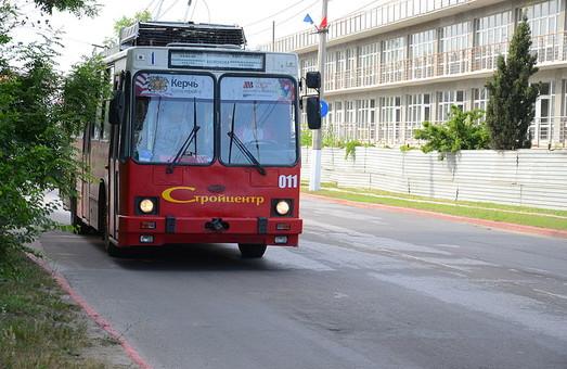 В Керчи снова остановилось троллейбусное движение