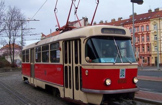 В Праге на маршрутах сегодня курсировал самый старый трамвай «Tatra T3» в мире