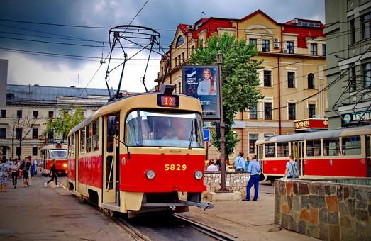 В Киеве будут ремонтировать трамвайную линию на Подоле