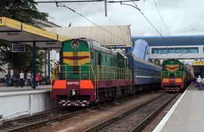 Задворки Крыма вдоль железной дороги по маршруту Симферополь - Одесса (ФОТО)