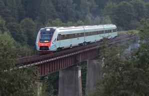 Во Львове поезда дальнего следования будут останавливаться еще на двух станциях
