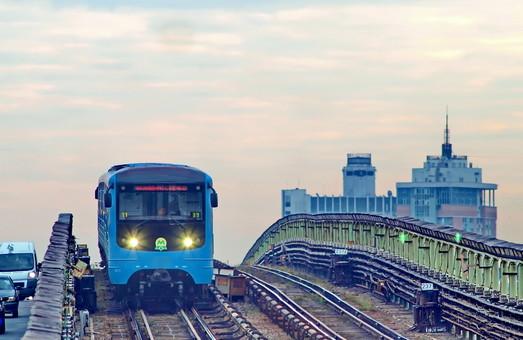 Новые станции киевского метрополитена на Виноградаре откроются в декабре 2021 года, а вот Троещине придется подождать