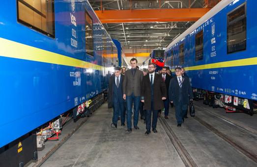 Новые вагоны RIC, изготовленные Крюковским вагоностроительным заводом, будут курсировать по маршруту Киев – Вена