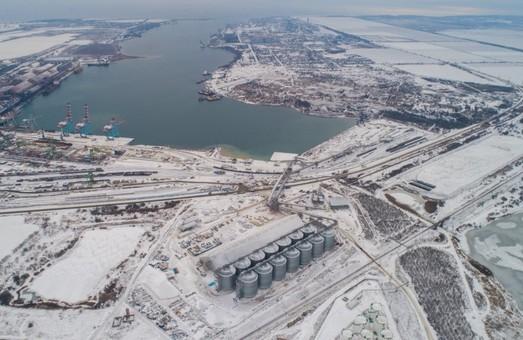 Зерновой терминал «MV Cargo» в порту Южный под Одесской с момента запуска перевалил миллион тонн зерновых