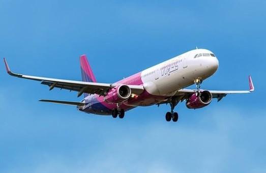 Крупнейшие лоукостеры запускают новые авиарейсы из Киева
