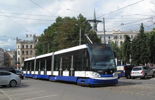 Из-за коррупционного скандала с закупкой транспорта, мэра Риги Нила Ушакова отправили в отставку