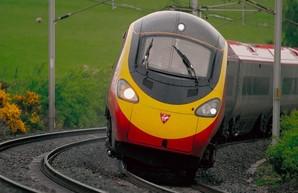Поездки на поездах в Великобритании снова набирают популярность