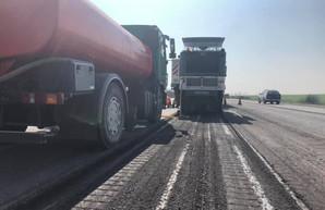 В Одесской области ремонтируют две автотрассы – водителей просят быть внимательными