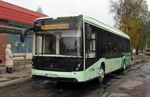Владимир Омелян: в трех городах Украины сейчас тестируют электробусы