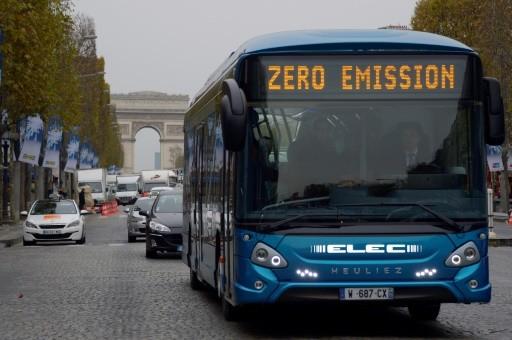 Столица Франции покупает 800 электробусов