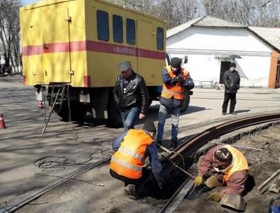 В Конотопе проводят ремонт трамвайной инфраструктуры