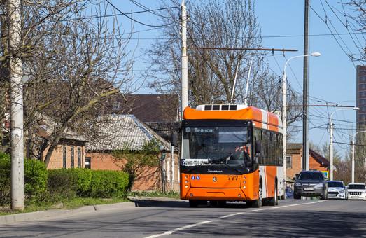 В двух городах России тестируют новую модель троллейбуса с автономным ходом