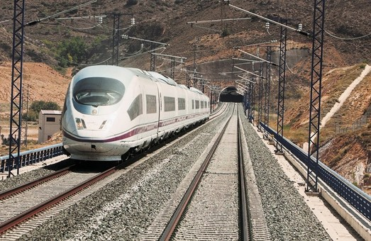 Испания планирует либерализацию рынка высокоскоростных перевозок