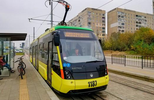 Во Львове предложили стандарты обустройства трамвайных остановок