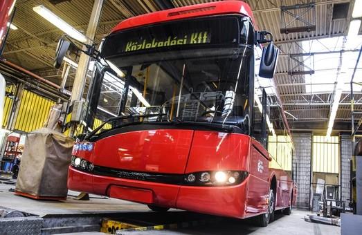 В Сегеде начал работу троллейбус «Solaris Trollino 12 AC» из Хомутова